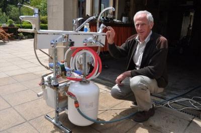 WATER SAVING MIXER TAP
