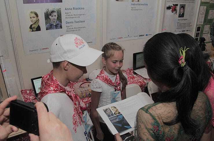 Anna Riaskina, Aged 9 and Denis Tselikov, aged 11 exhibit their innovation in IYIA 2018